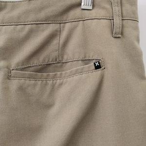 Hurley Shorts - Hurley Tan Flat Front Casual Shorts Size 36